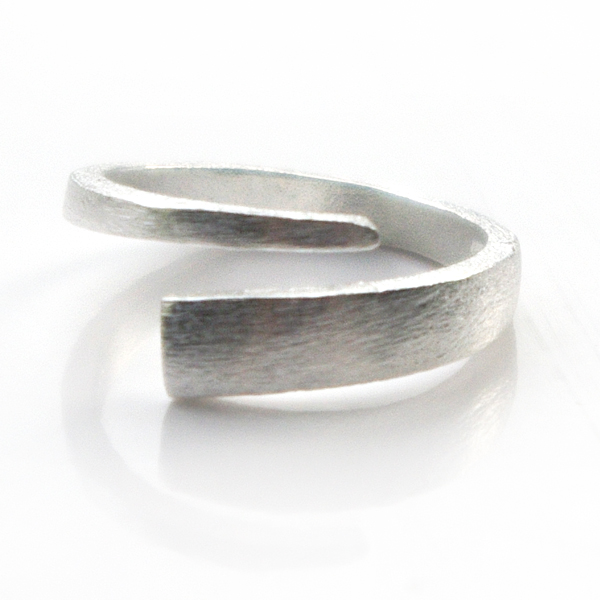 silver-spiral-open-ring
